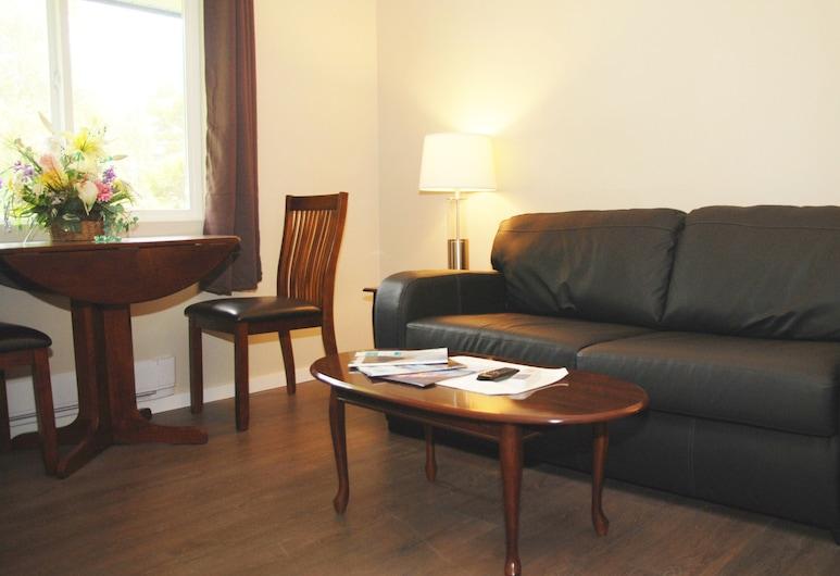 Northern Shores Lodge, Sandspit, Suite Deluxe, 1 habitación, Sala de estar