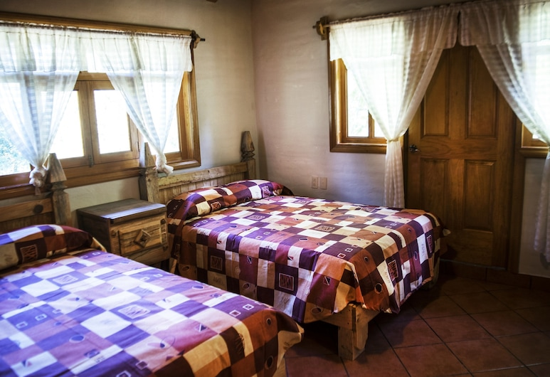 Cabana Le Chalet, Mazamitla, Chalet, 3Schlafzimmer (up to 10 persons), Zimmer