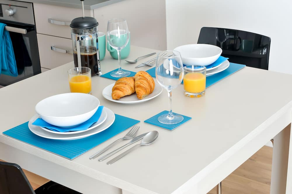 Apartment, Private Bathroom - In-Room Dining