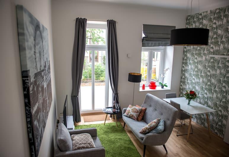 Boutique Apartments Vienna, Vienna, Design Apartment, 1 Bedroom, Patio, Garden Area, Living Area