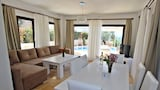 Choose this Villa in Kas - Online Room Reservations
