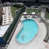 Апартаменти, 2 спальні (1106) - Відкритий басейн