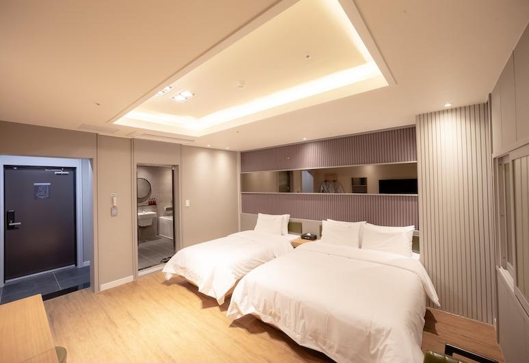 Hotel Lin, Busanas, Dvivietis kambarys (2 viengulės lovos) (VIP), Svečių kambarys