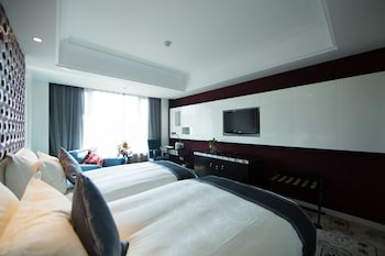 Picture of Holiday Wuyang Hotel Hangzhou in Hangzhou