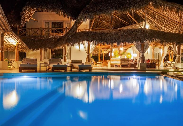 Leopard Point Luxury Beach Resort & Spa, Malindi, Piscine à débordement