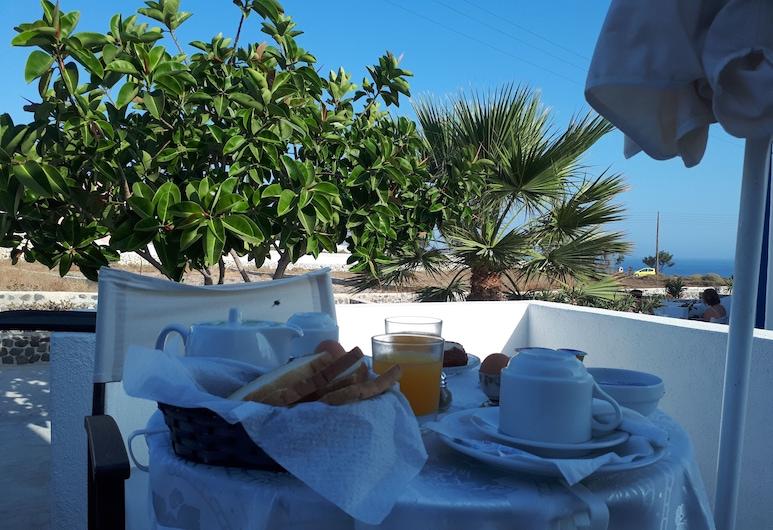 Paradisos Oia, ซานโตรินี, รับประทานอาหารกลางแจ้ง