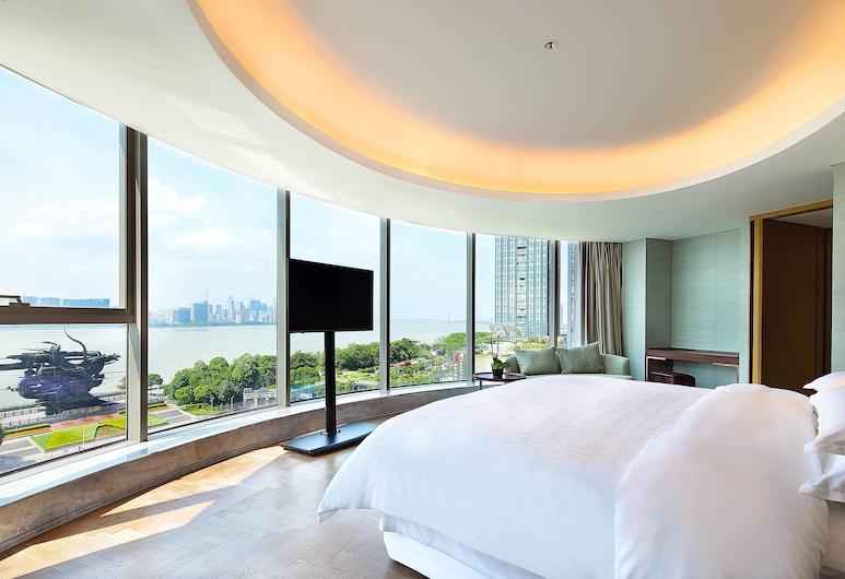 Sheraton Grand Hangzhou Binjiang Hotel, Hangzhou, Club Suite , Guest Room