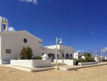 Picture of La Graciosa Islands Apartments in Teguise