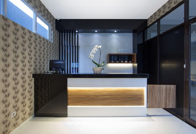 The Regia by Ultimo, Bandung, Vastaanotto