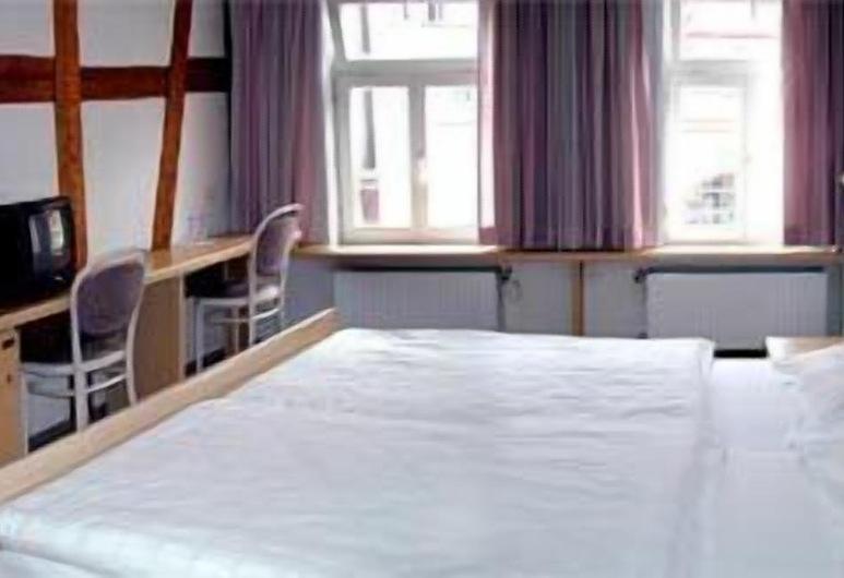 Hotel Ratsstube Calw, Calw, Triple Room, Guest Room