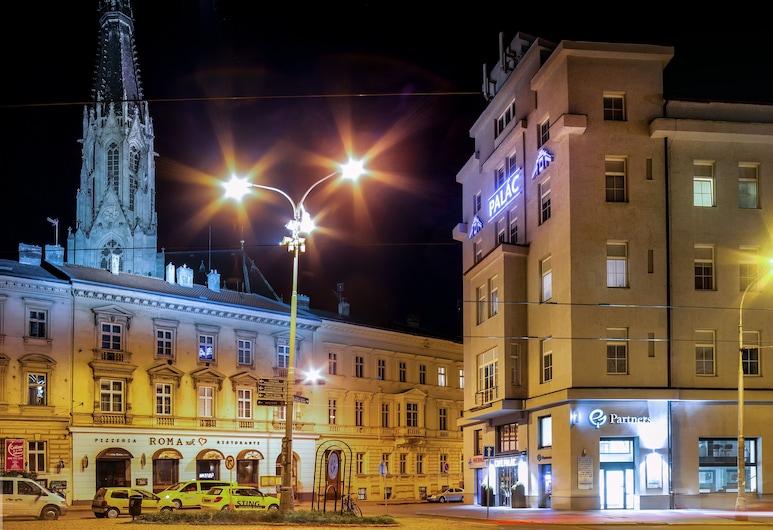 Hotel Palác, Olomouc, Entrada do Hotel