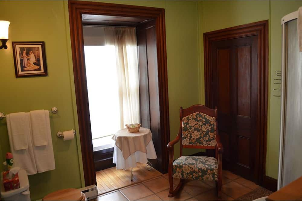 Standartinio tipo kambarys, 1 didelė dvigulė lova (La York, La Coffen, La Perchard) - Svetainės zona