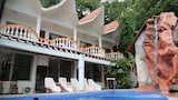 Choose This Two Star Hotel In Manuel Antonio