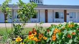 Reserve this hotel in Sackville, New Brunswick
