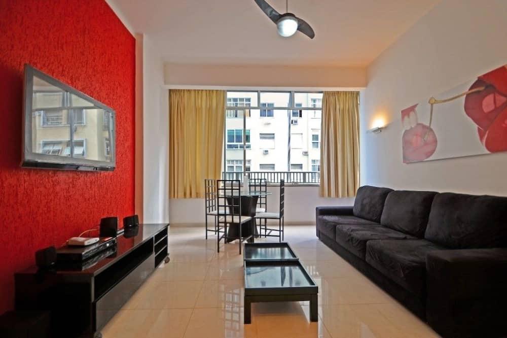 Luxury Suite, 3 Bedrooms, Partial Sea View - Living Room