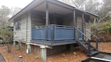 Choose This Cheap Hotel in Fraser Island