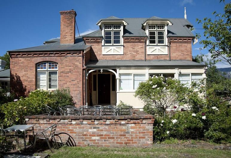 Lowena Cafe and Accommodation, Hobart