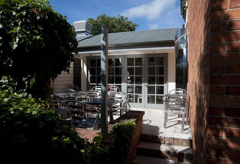 Lowena Cafe and Accommodation, Hobart, Outdoor Dining