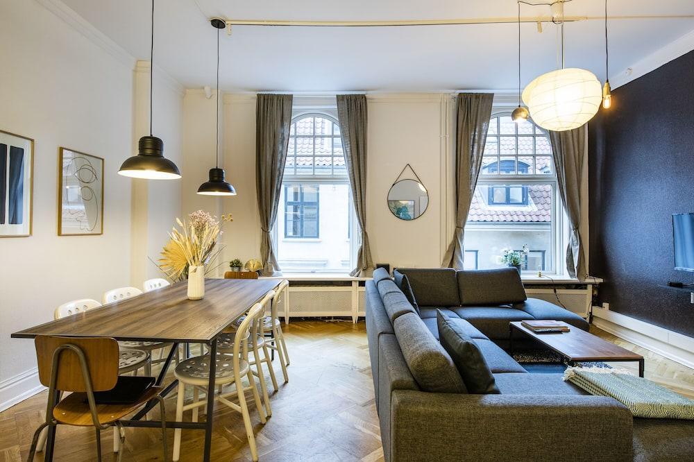 Apartment, 4 Bedrooms, Kitchen - Dnevni boravak