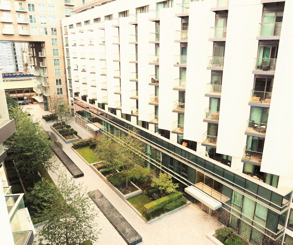 Zen Apartments London Excel O2 Arena
