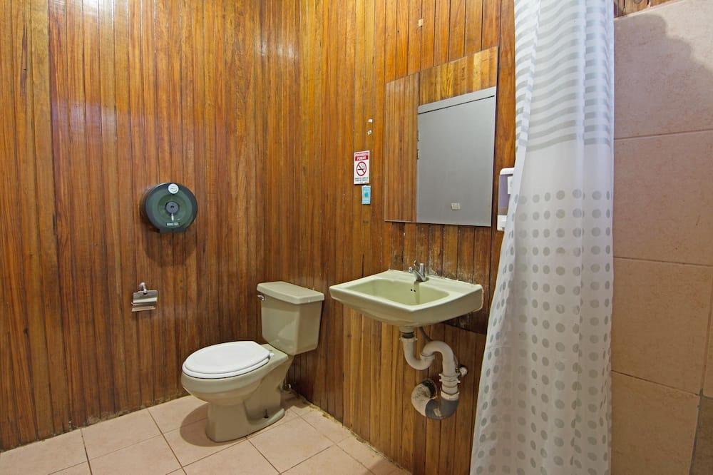 Ekonominės klasės bendrabutis, mišrus bendrabutis - Vonios kambarys