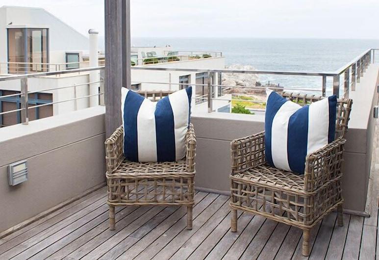 Le Paradis Penthouse Apartment, Hermanus, Apartment, 2 Bedrooms (Penthouse), Balcony