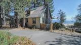 Imagen de 7460 N Lake Blvd 3 Br home by RedAwning en Tahoe Vista