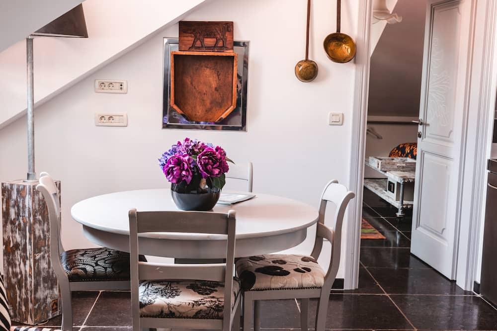 דירה משפחתית, נוף לעיר - אזור מגורים