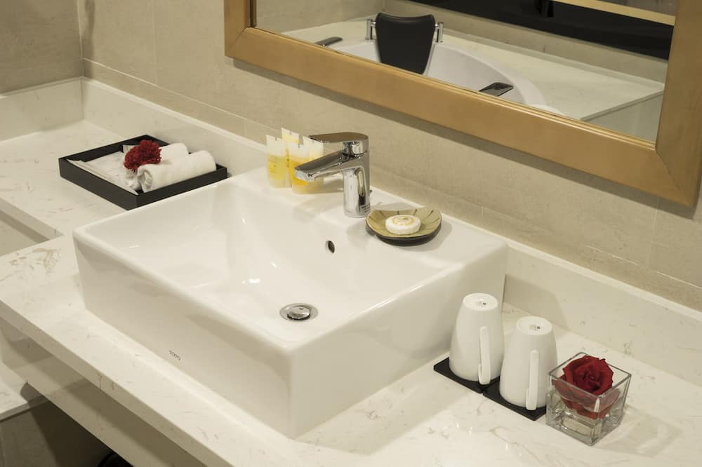 Deluxe Double Room, 1 Katil Raja (King), River View - Bilik mandi