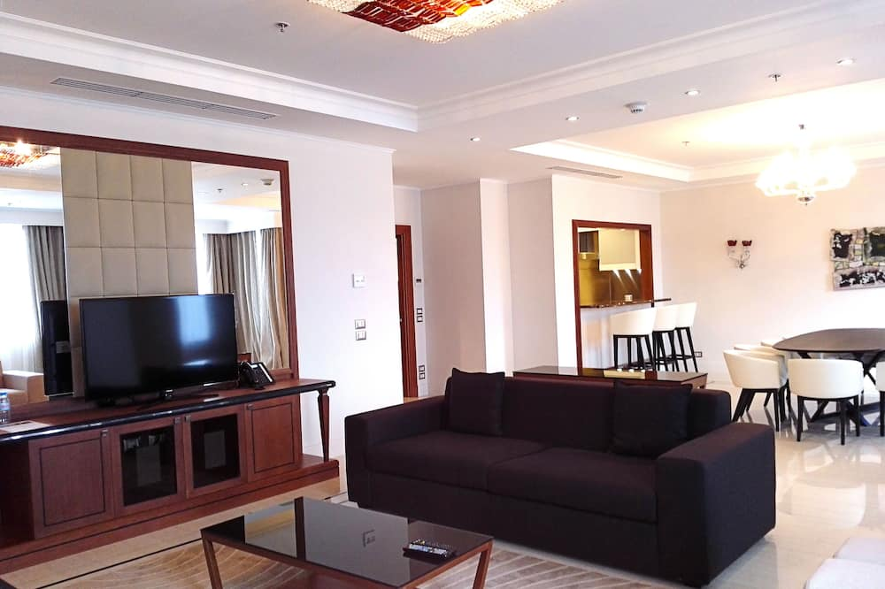 Presidential Suite, Golf View - Living Room