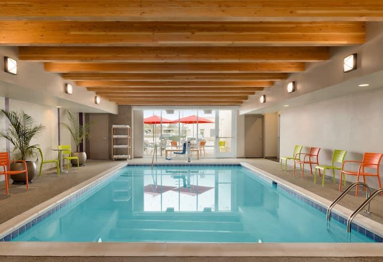 Home2 Suites by Hilton Cleveland Beachwood, Beachwood, Kolam Renang Dalam Ruangan