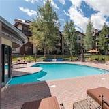 Byt, viacero postelí (3106 Champagne Lodge, Trappeur's Cros) - Vonkajší bazén