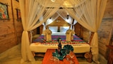 Choose This Beach Hotel in Induruwa -  - Online Room Reservations