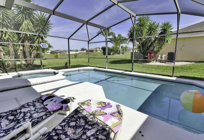 931DD Restful Retreat 4 Br villa by RedAwning, Davenport