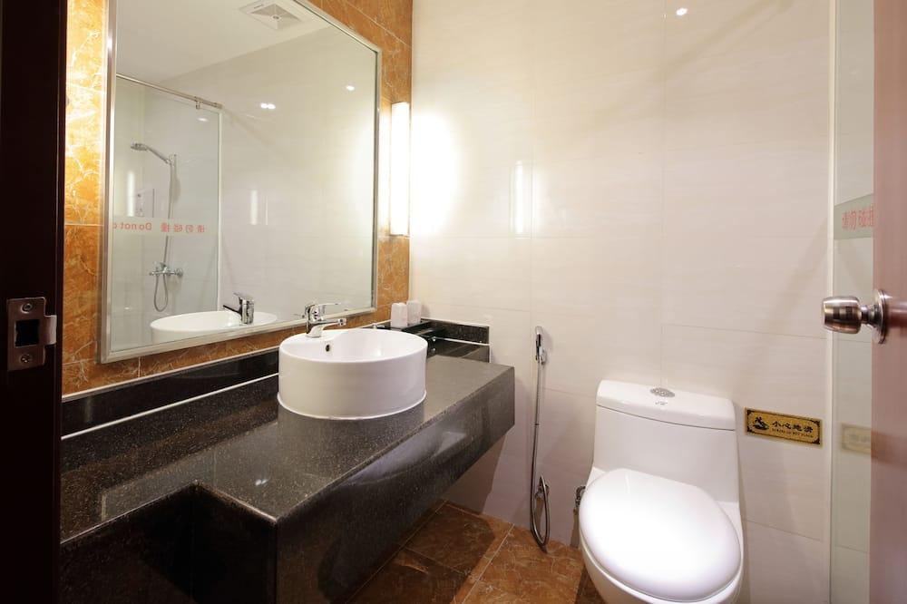 Exclusive Business Room - Bathroom