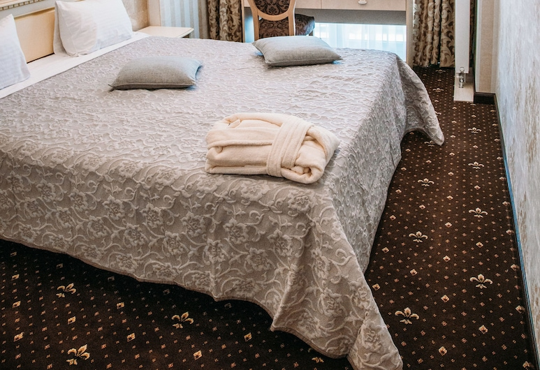 Vintage Hotel on French Boulevard, Odessa, Standard Double or Twin Room, Guest Room