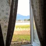 Výhľad z hosťovskej izby