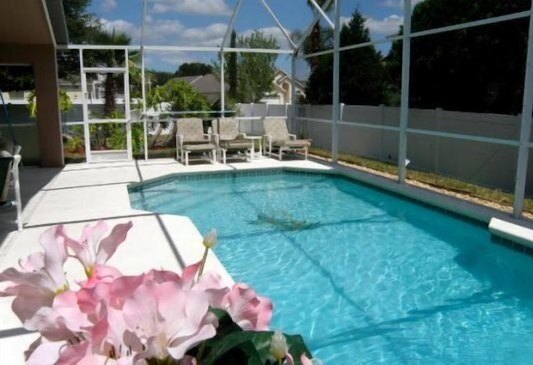4 Bedrooms villa by RedAwning, Davenport, Pool