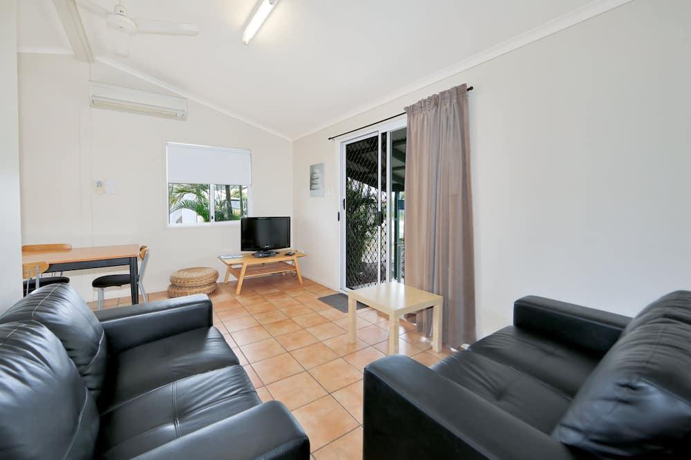 Villa - Hinkler - Living Area