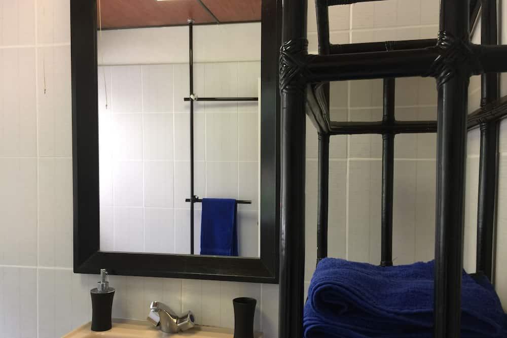 Luxury Room, Mountain View (Grand Benard) - Bathroom