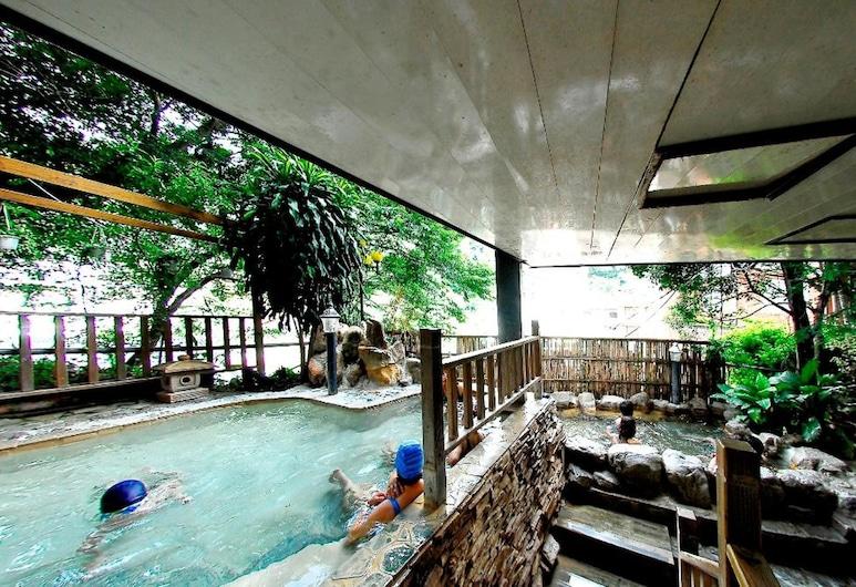 夏都大飯店, 仁愛鄉, 室外泳池