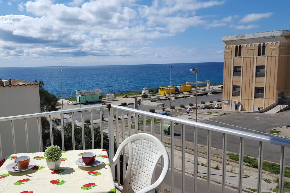 Apartment, 3 Bedrooms (Via dei Villini, 2) - Balcony
