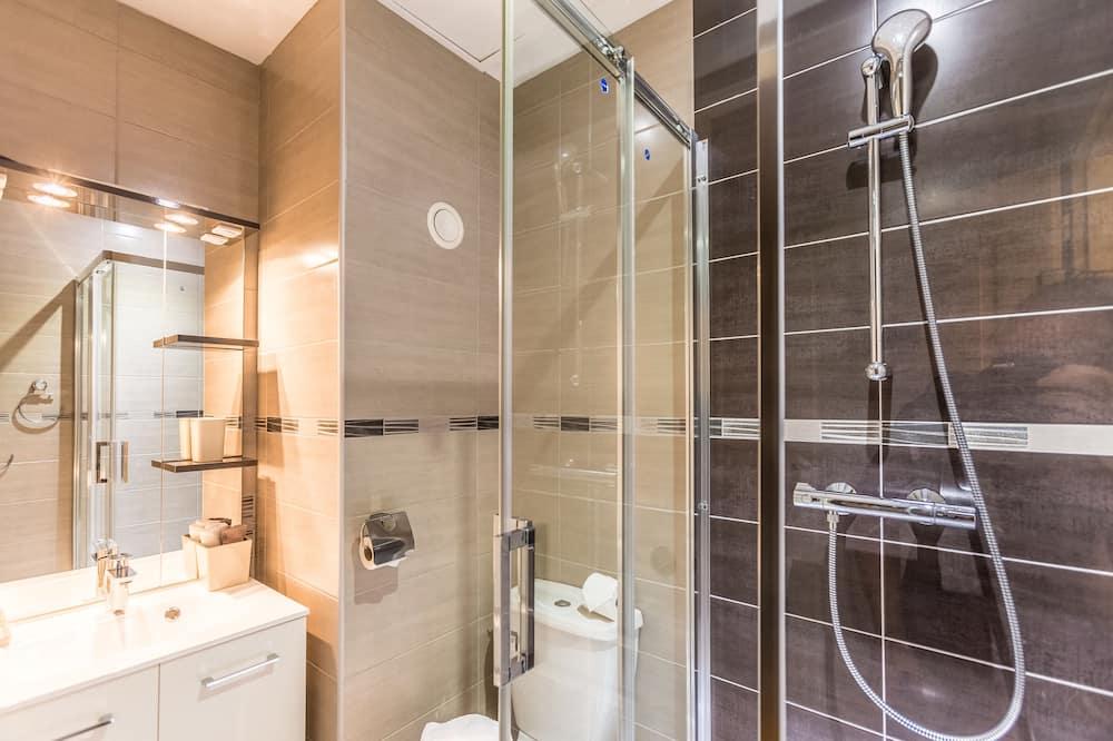 Double Room (Plumes) - Bathroom