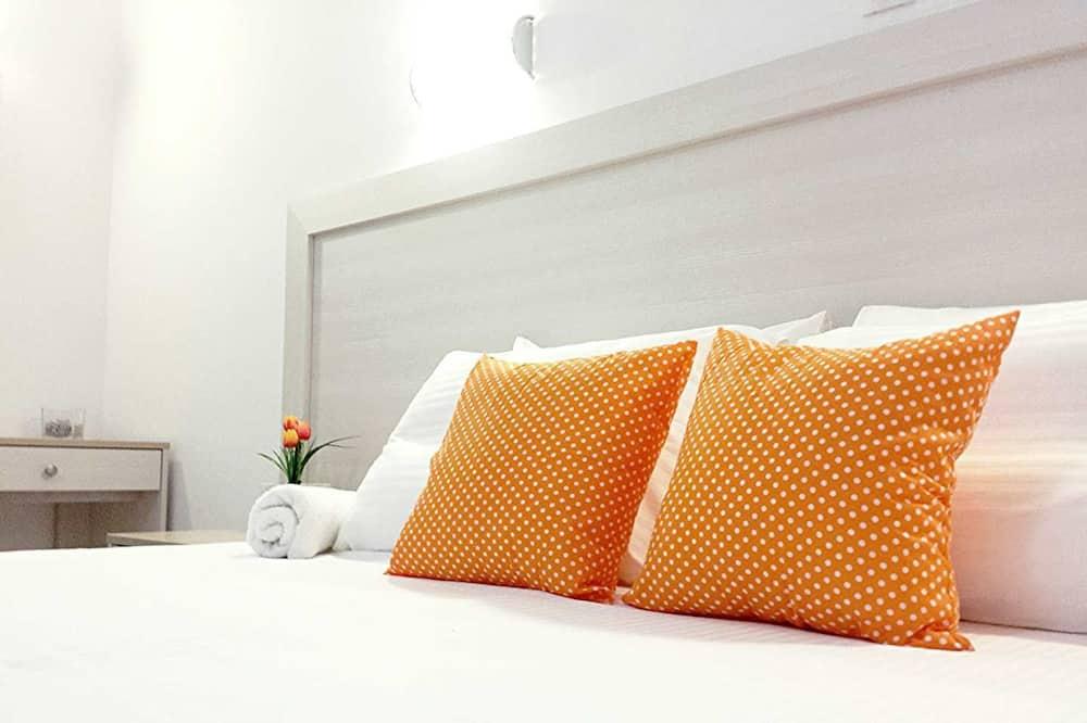 Номер «Делюкс», 1 двуспальная кровать «Кинг-сайз» с диваном-кроватью, вид на море - Номер
