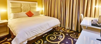 Picture of Palm Continental Hotel Johannesburg in Johannesburg