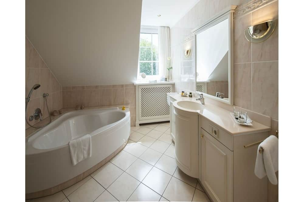Suite, Private Bathroom (Suite mit Badewanne) - Bilik mandi