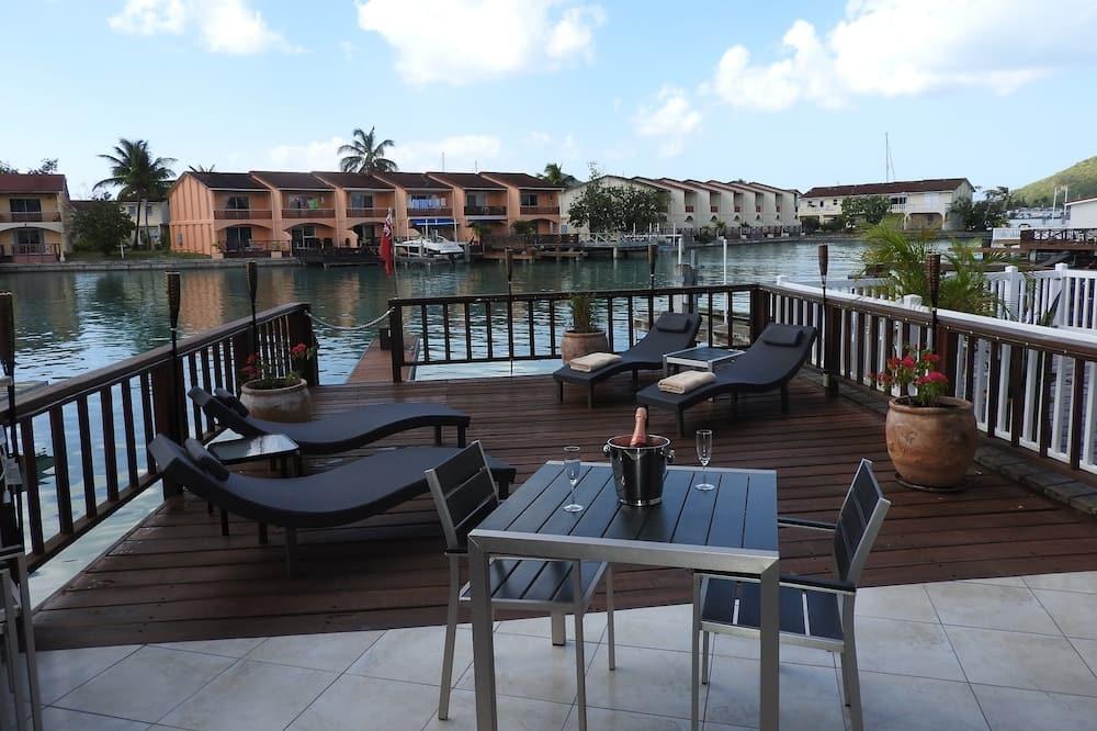 Byhus – premium, 2 soverom, kjøkken - Terrasse/veranda