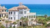 Choose This Luxury Hotel in Palm Coast