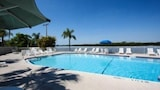 Reserve this hotel in Ruskin, Florida