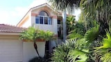 Foto di Golden Olive Home 3 Br home by RedAwning a Sanibel